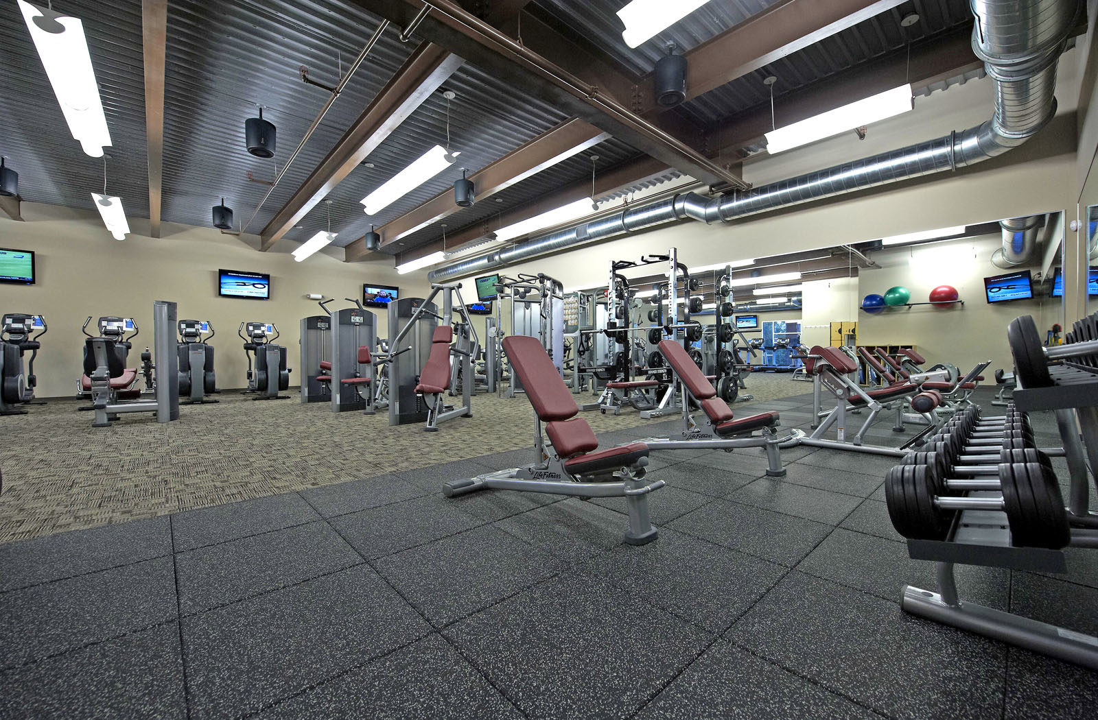 anderson_farm_park_gym_2