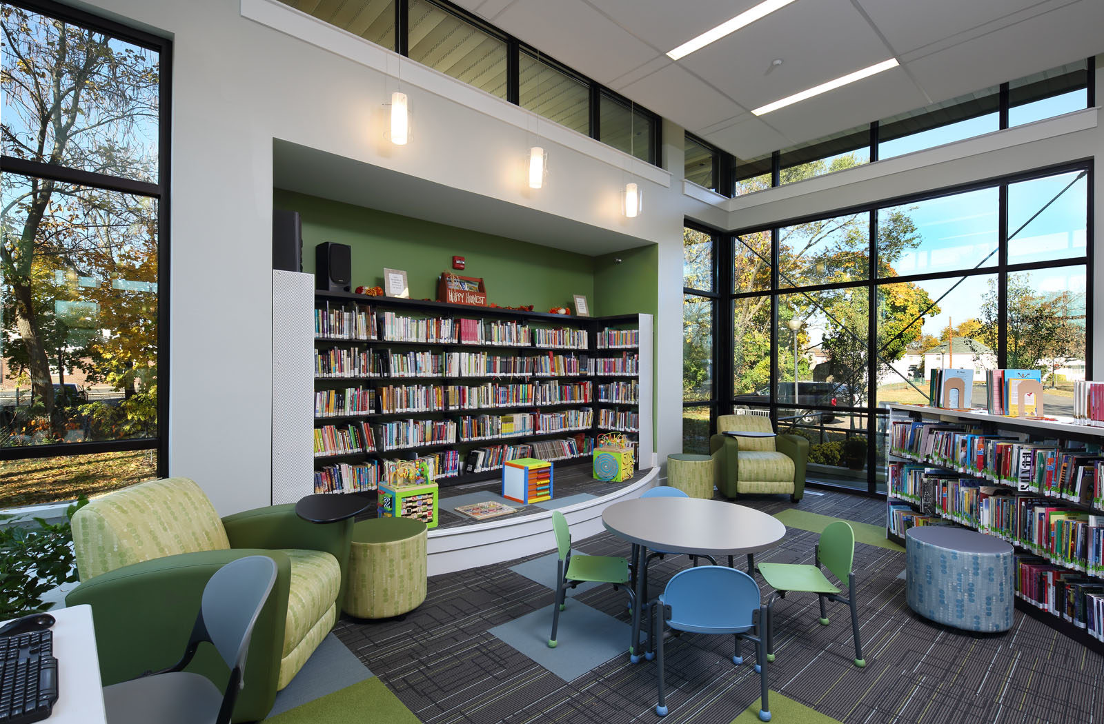 gill_library_201527-15