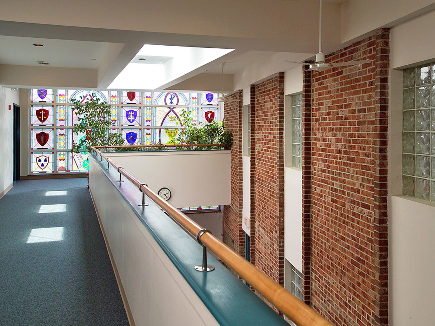grace_lutheran_interior