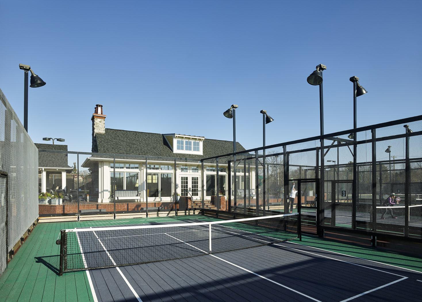 pcc_paddle_courts